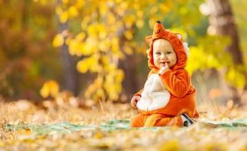 2017's Most Adorable Infant Costumes for Baby's First Halloween