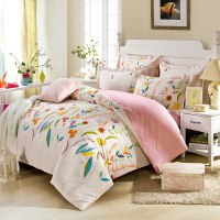 Enchanting Light Pink Floral Bedding Set | EBeddingSets