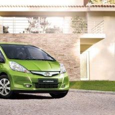 Honda Jazz Hatchback Review, Honda Jazz Pictures, Prices and Specifications