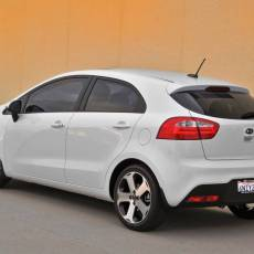 Kia Rio Hatchback Review – Attractive Styling with Competitive Pricing