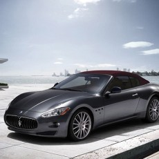 2013 Maserati GranCabrio Review – Italian Beauty