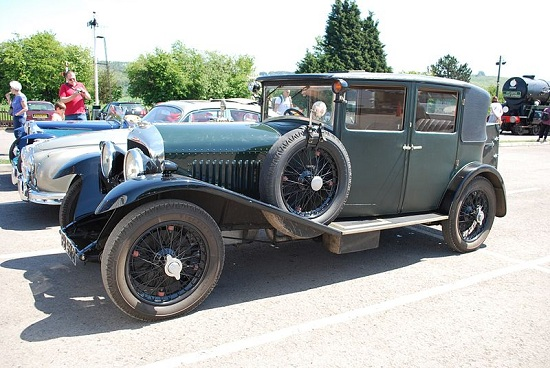 Bentley 4½ Litre or 4.5 litres