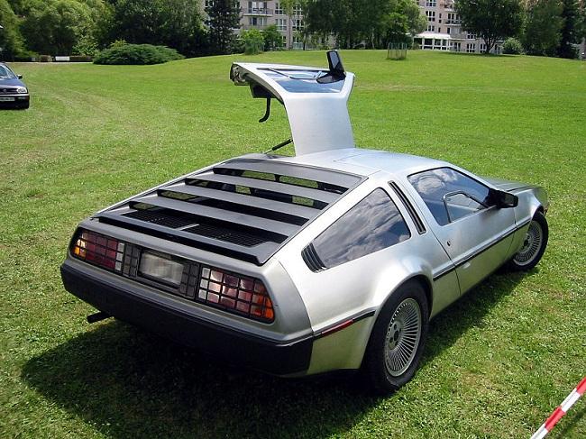 back to the future car DMC DeLorean DMC12