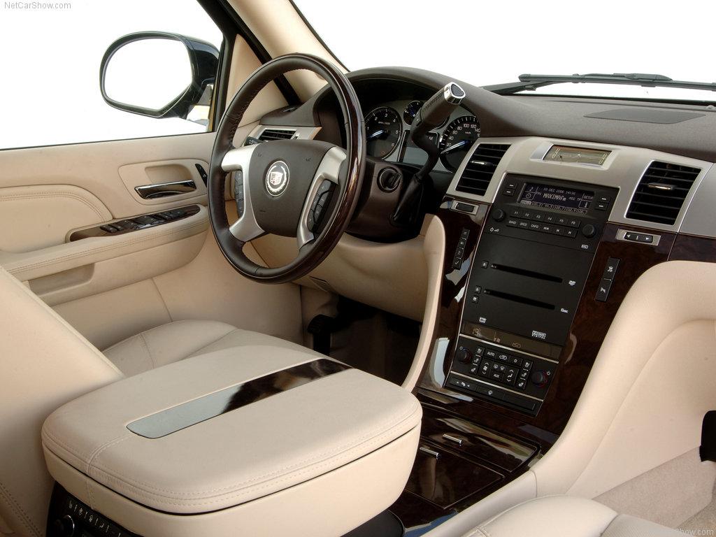 Cadillac Escalade Review European Version