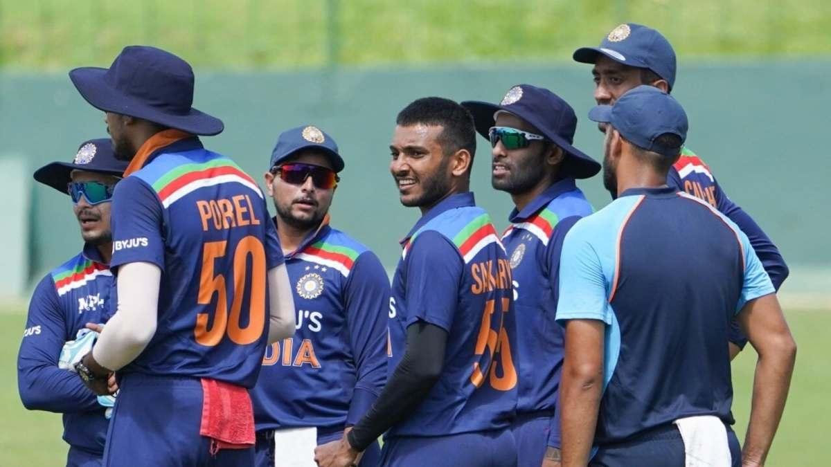 'आश्चर्यजनक है कि एक महान खिलाड़ी की ओर से एक अवांछित टिप्पणी आई': रणतुंगा की 'सेकंड-स्ट्रिंग' टिप्पणी पर पूर्व-भारत चयनकर्ता    क्रिकेट