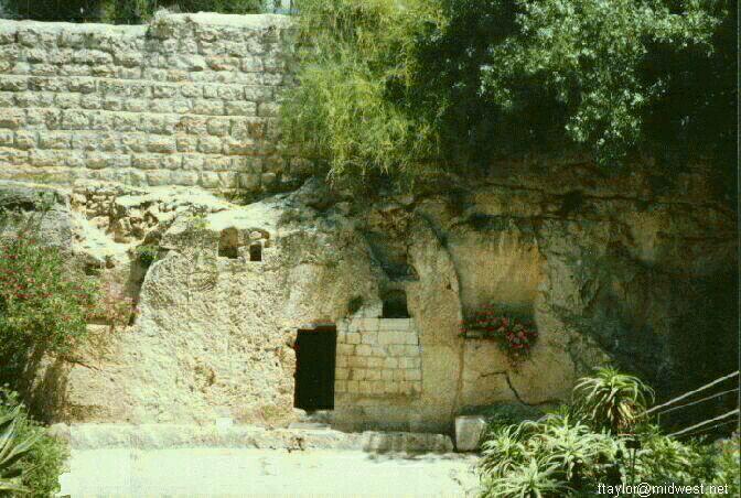 https://i0.wp.com/www.ebibleteacher.com/images/tomb.jpg