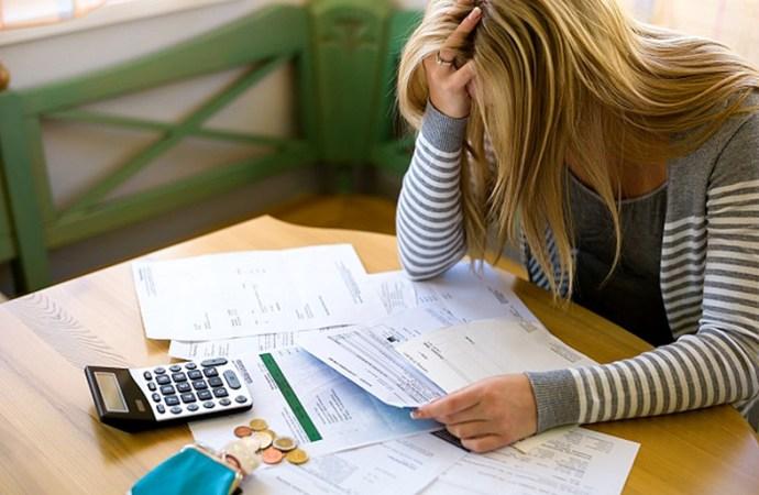 Se vale refinanciar deuda con deuda
