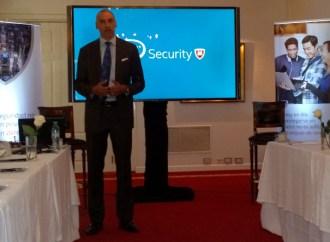Christopher Young, número 1 de Intel Security, visitó Argentina