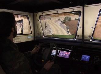 Indra lanzó un simulador de conducción de vehículo militar 4×4