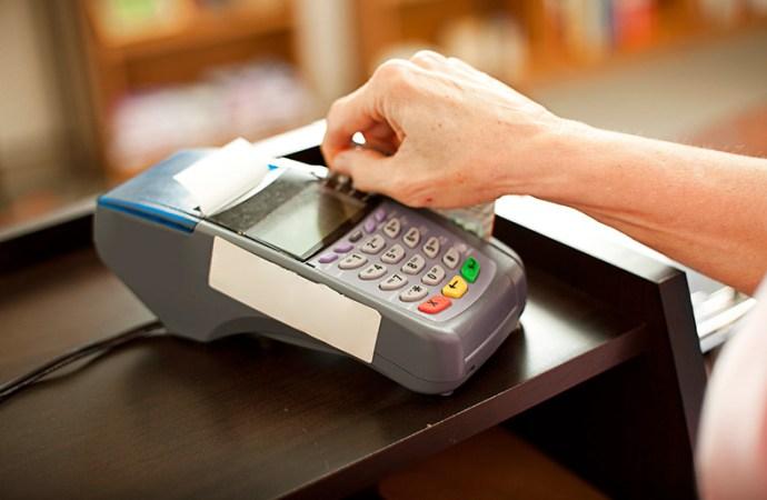 ¿Qué es la proporción alta de saldos contra tu historial de crédito?