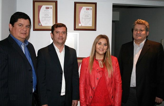 Entersoft lanzó en Chile una solución anti bullying de su representada Faronics