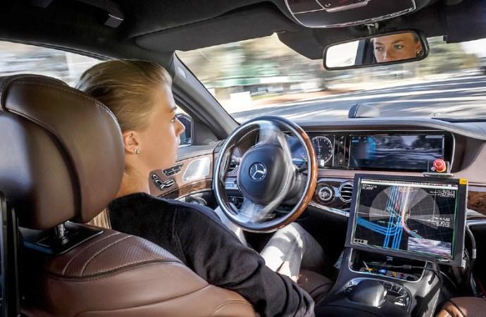 2017: ¿será el año de APIs y autos autónomos?