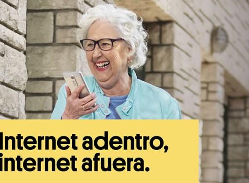 Arnet lanza oferta que integra internet en el hogar y en el celular de Personal