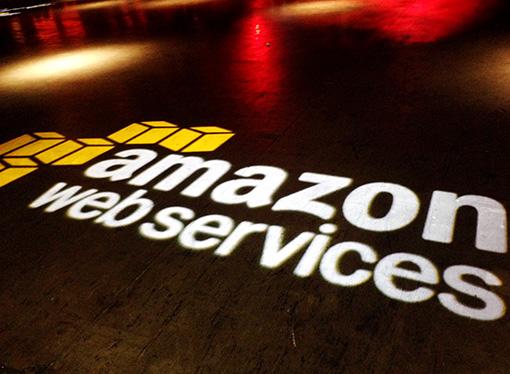 AWS y Salesforce extienden alianza estratégica global
