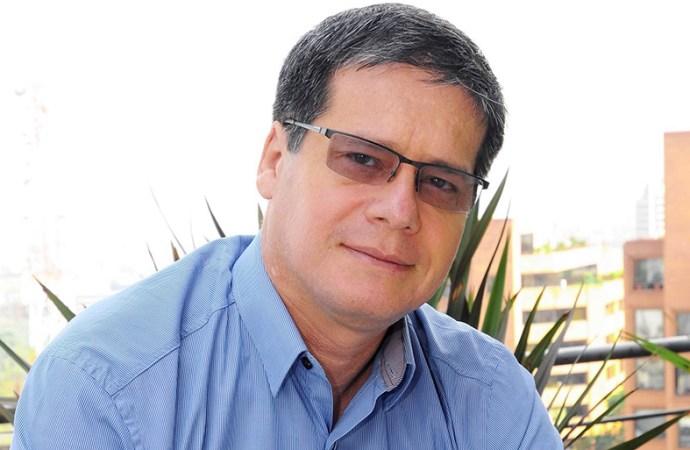 Alberto Arébalos presentó su índice inverso de reputación