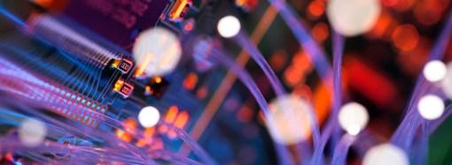 Schneider Electric se asocia con Accenture