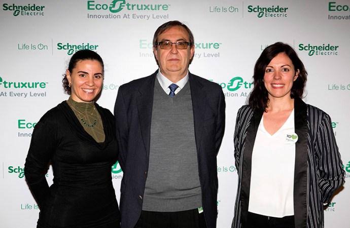 Schneider Electric lanzó en Chile EcoStruxure