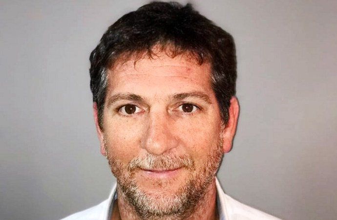 Lucas Defferrari director Comercial en Data IQ