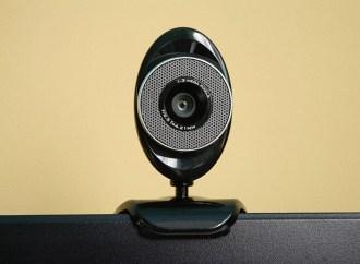 Se descubrió una amenaza que controla la webcam, el micrófono y realiza capturas de pantalla
