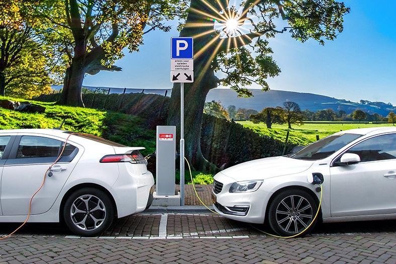Cómo los autos eléctricos contribuyen a las redes inteligentes
