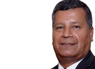 John Casanova, gerente de Desarrollo de Negocios de Charles Taylor InsureTech