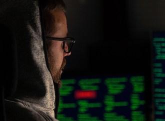 Cada vez más personas buscan colaborar en la Darknet para ganar dinero