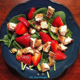 Strawberry Spinach Salad with Chicken Breast – #Top8Free