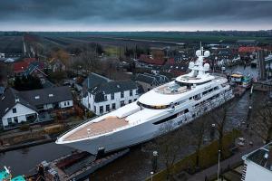 eBlue_economy_Feadship superyacht Boardwalk ready for sea trials