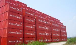 Containerneubau in China_Stackbilder