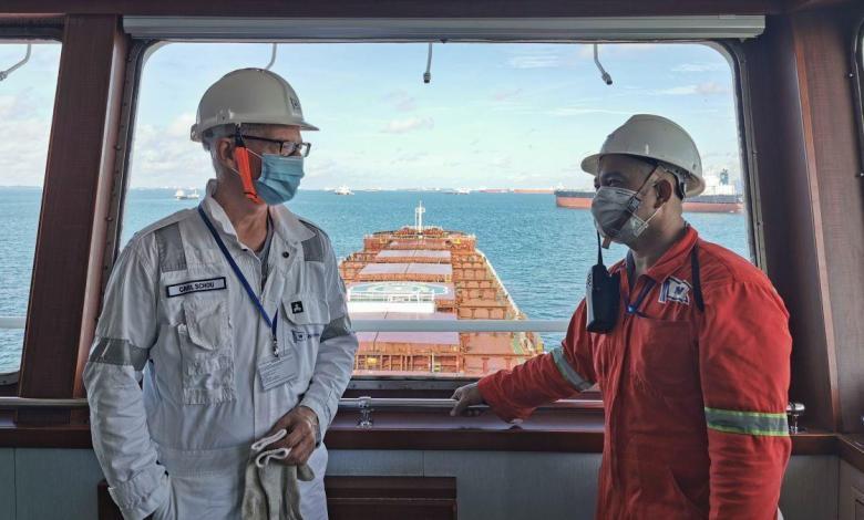 eBlue_economy_Carl_Schou_with_crew_onboard