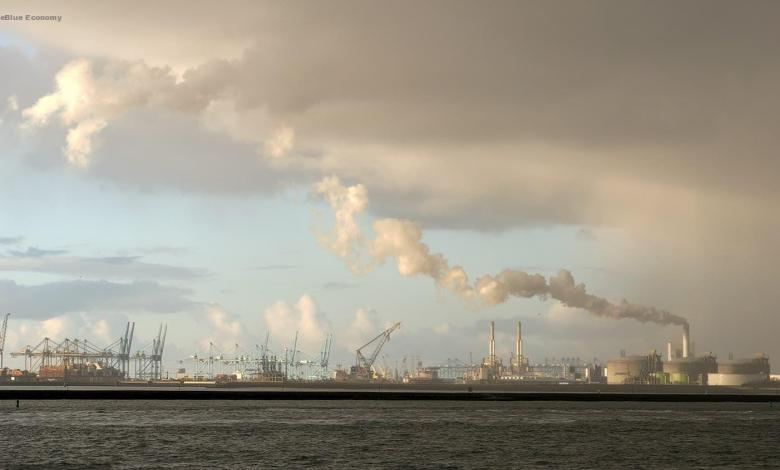 eBlue_economy_Carbon emissions in port of Rotterdam drop swifter than national average