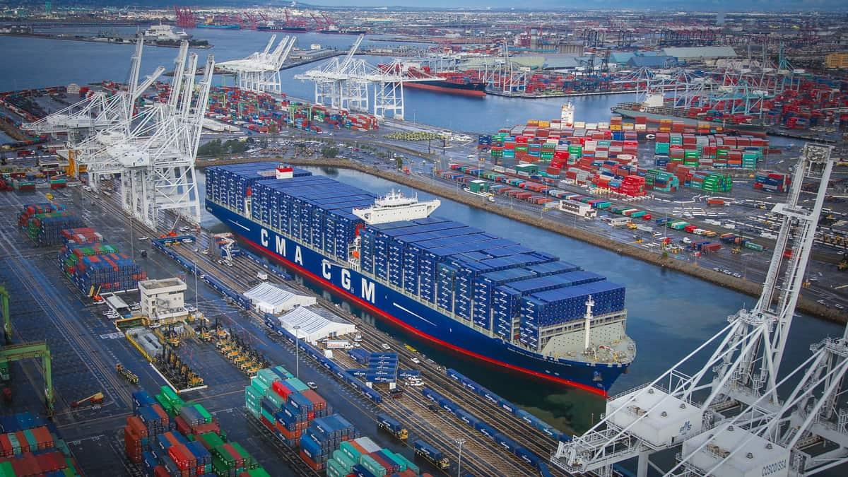 eBlue_economy_Port of Los Angeles container