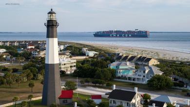 eBlue_economy_Port of Savannah serves largest vessel ever, the 16,000_ TEU Marco Polo.jpg