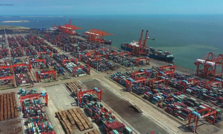 eBlue_economy_ميناء شيامن الصيني يسجل 1000 رحلة شحن على طريق الحرير في عام 2021