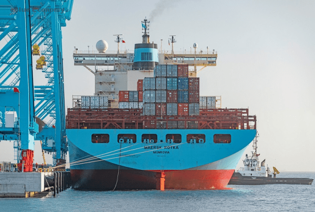 eBlue_economy_Maersk signs shipbuilding contract for world's first container vessel fueled2