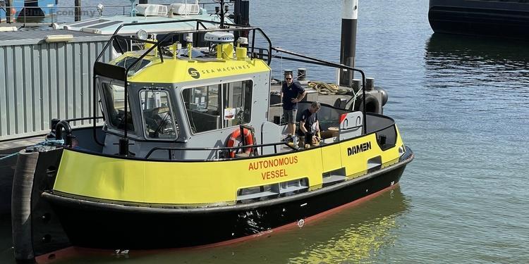eBlue_economy_Autonomous tug ready to set sail on a remotely operated voyage