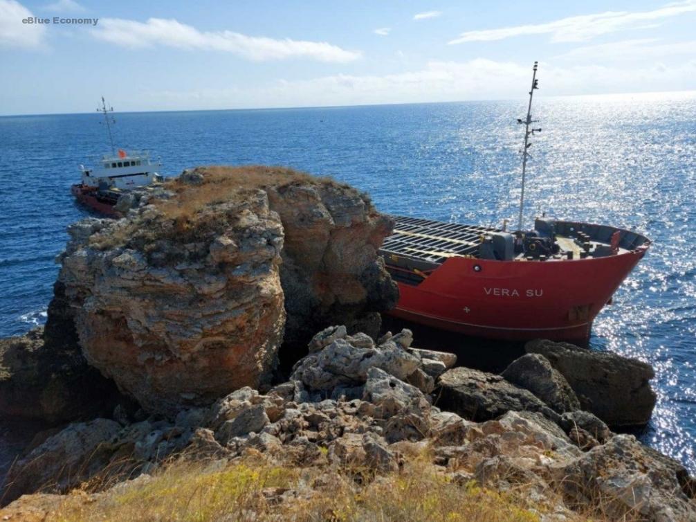 eBlue_economy_Cargo ship Vera Su runs aground near Varna, Bulgaria