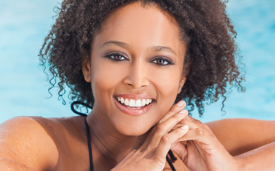 7 Ways To Protect Your Natural Hair When Swimming