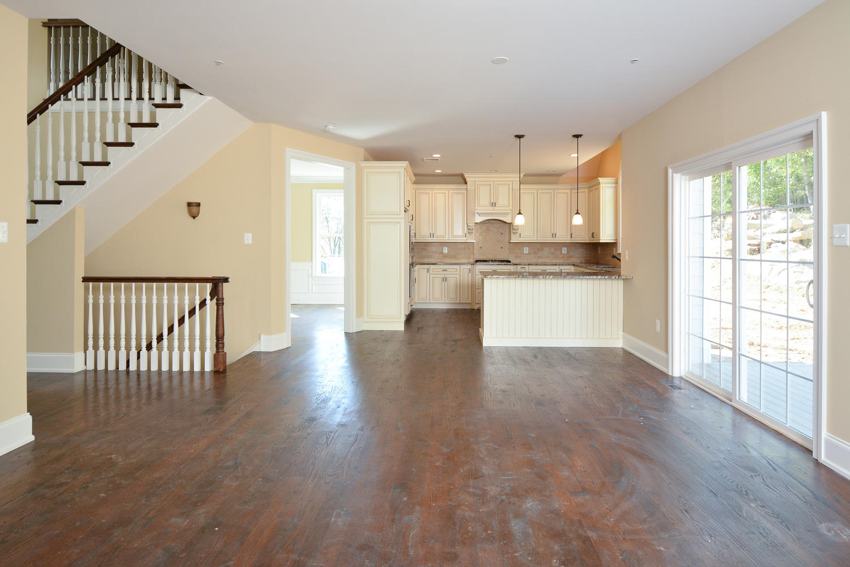 1280 Cedar Grove Rd Media PA-large-025-Family Room-1500×1000-72dpi
