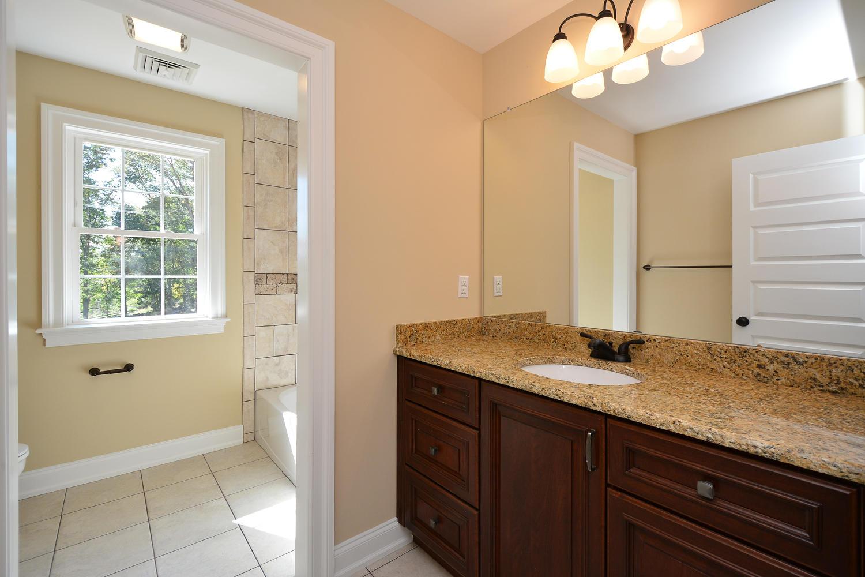 1280 Cedar Grove Rd Media PA-large-040-Bathroom-1500×1000-72dpi