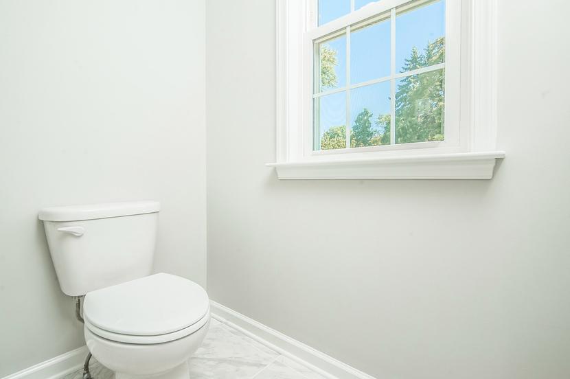 024-Master_Bathroom-2076888-small