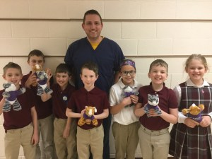 Local veterinarian visits SMCES to talk pets