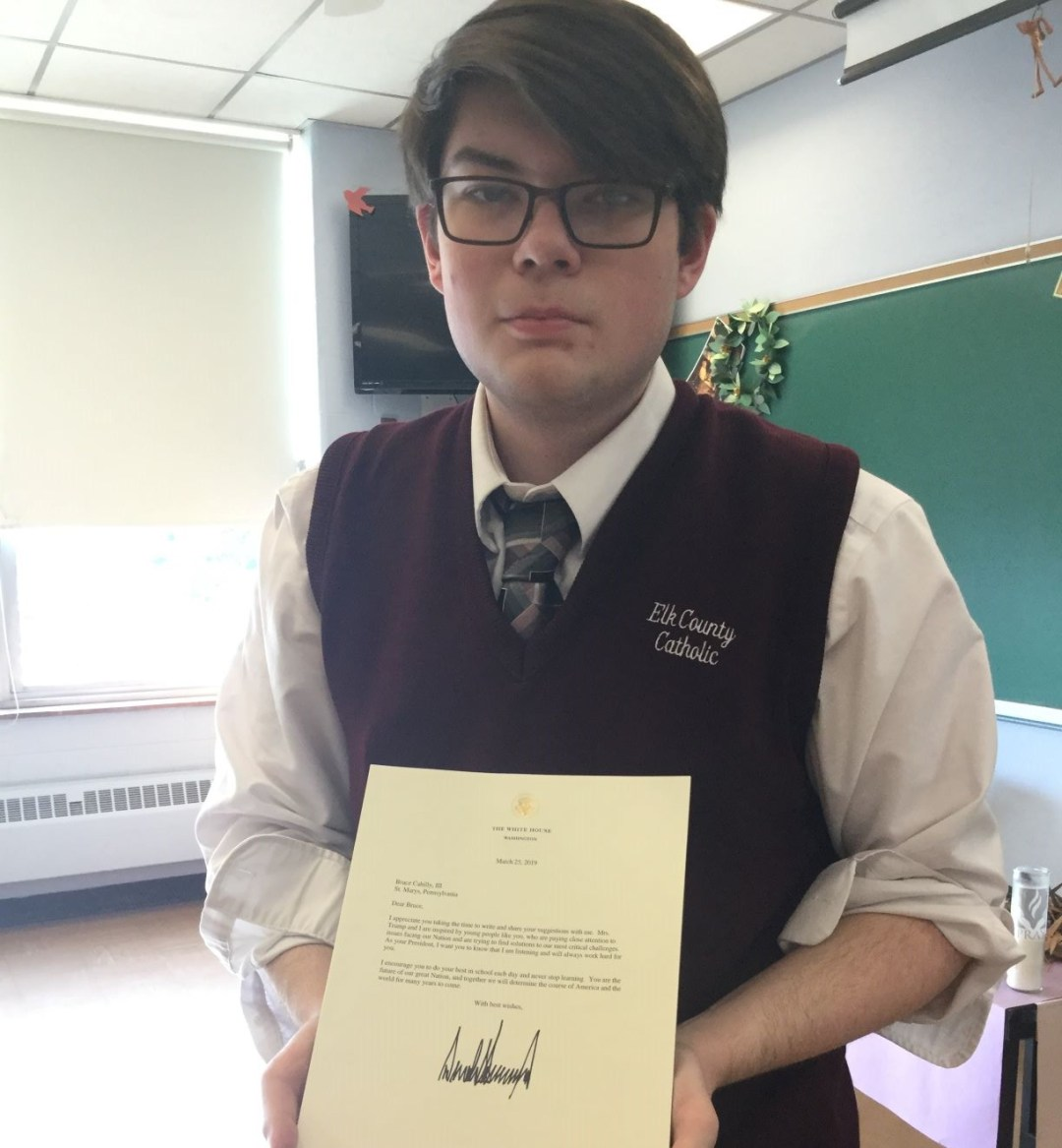 High school English students pen letters to US leaders