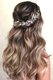 romantic wedding hairstyle trends