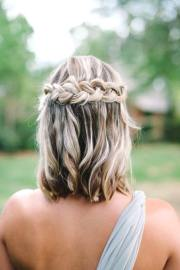 romantic wedding hairstyle trends