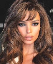 side-fringe-haircut-summer-hairstyles-2019