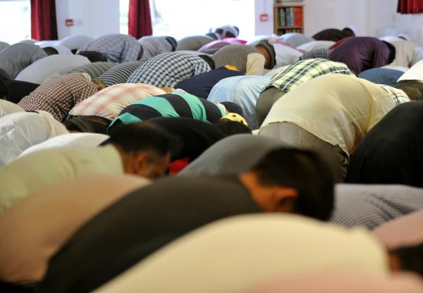 Illegal mosque given six months to close