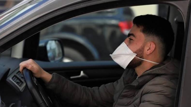 الحموشي يصدر مذكرة بخصوص مخالفات عدم ارتداء الكمامات داخل السيارات