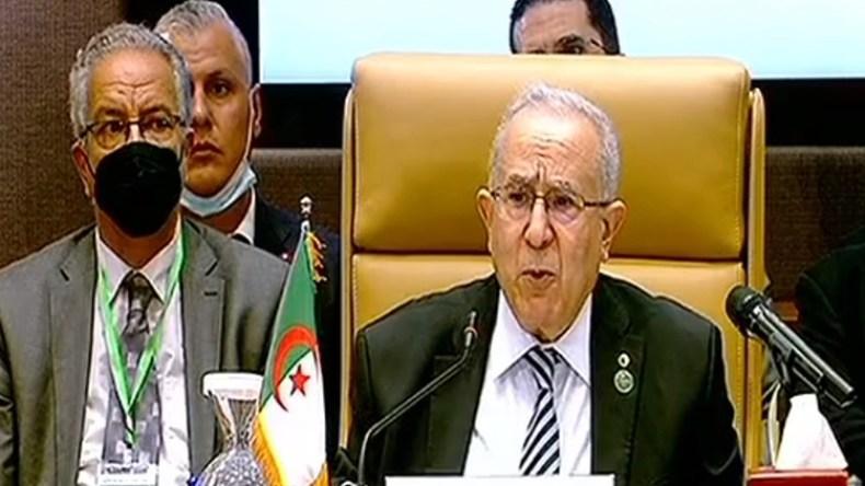 """Lamamra: la solution en Libye passe par un processus """"libo-libyen"""""""