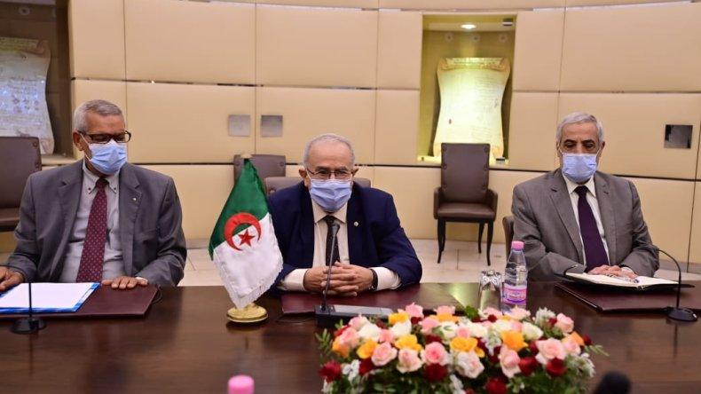 Lamamra au Caire pour participer a la session ordinaire du Conseil de la Ligue arabe
